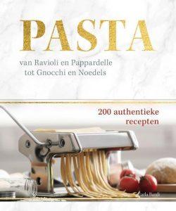 Pasta van ravioli en pappardelle tot gnocchi en noedels recepten; Italiaans kookboek; Internationale spaghettidag