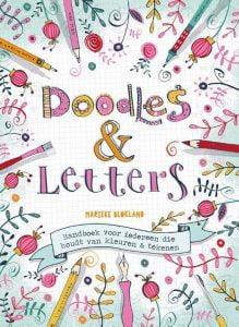 doodles en letters door Marieke Blokland